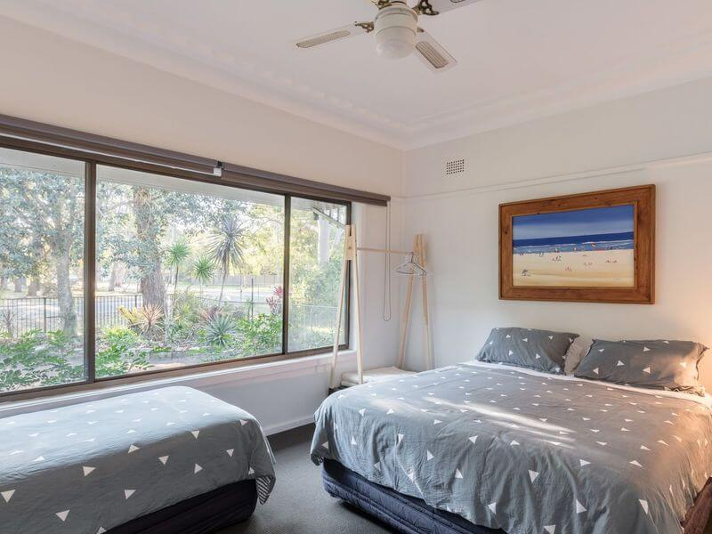 air bnb accommodation for a large group Bundeena
