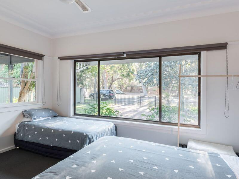 air bnb accommodation for large group in Bundeena