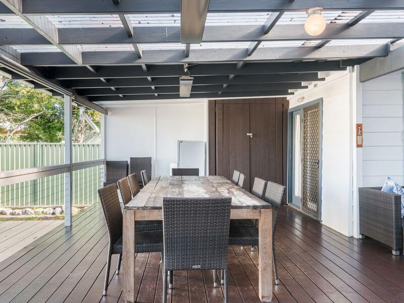 large family accommodation Bundeena